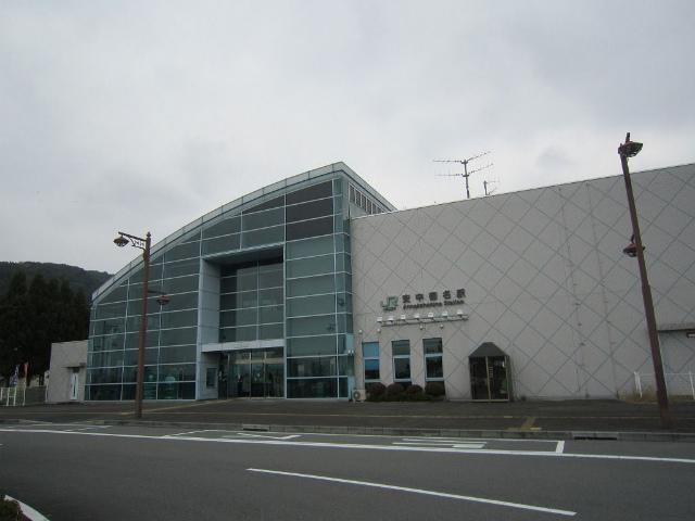 安中榛名駅舎