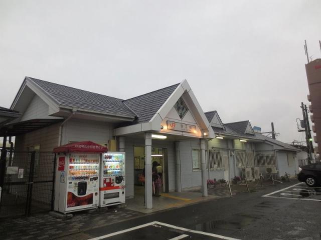蟹江 駅舎