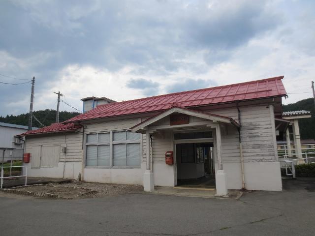 飛騨細江 駅舎