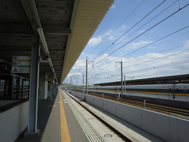 厚狭ホーム新幹線