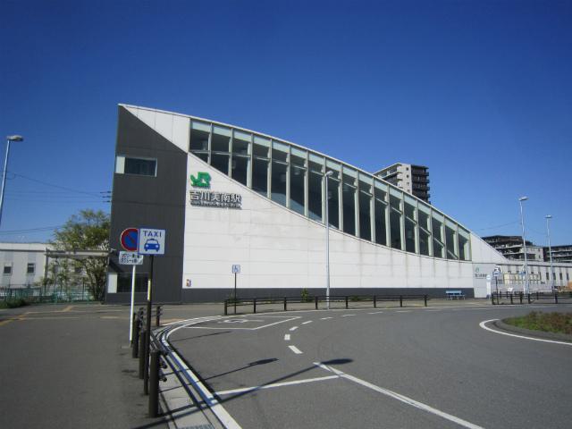 吉川美南駅舎