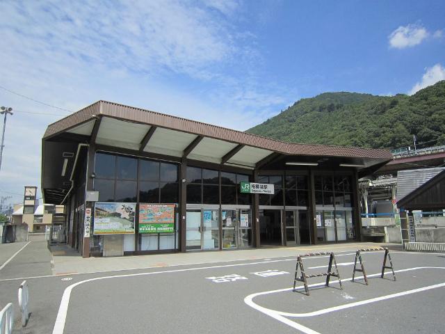 相模湖駅舎