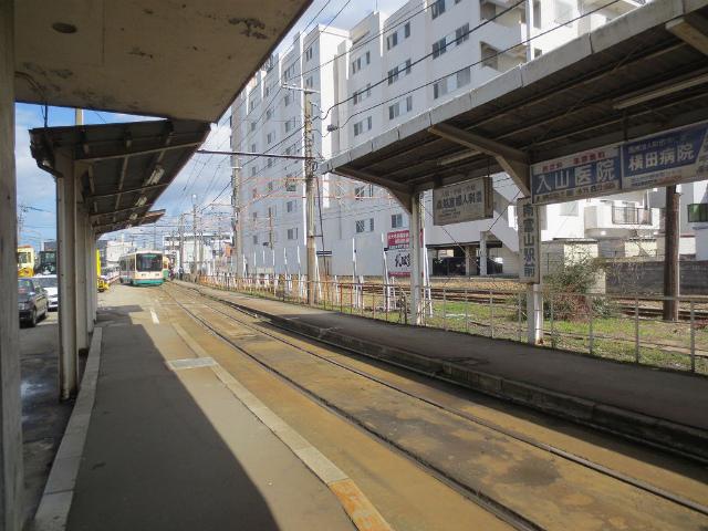 南富山 市内電車