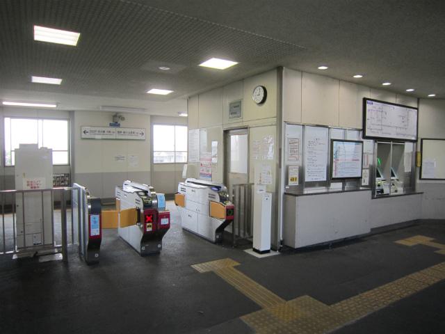 伊勢川島駅舎内部