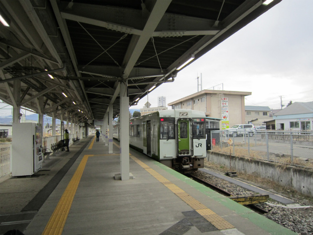 米沢米坂ホーム