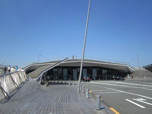 日本大通り大さん橋