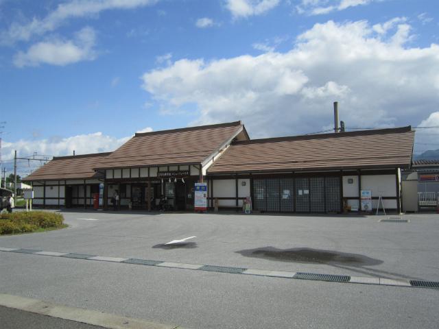 多賀大社前駅舎