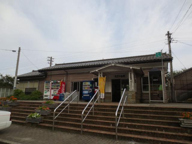 能登中島駅舎