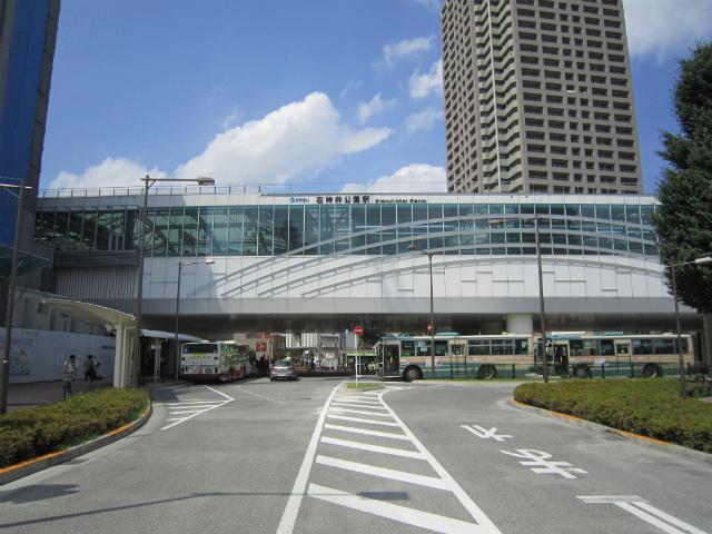 石神井公園駅舎
