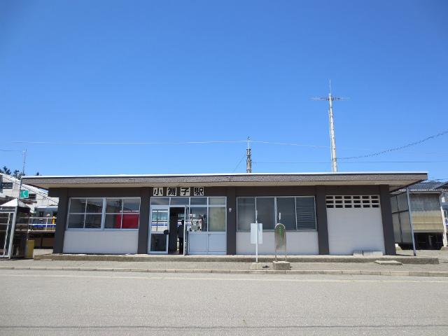 小舞子 駅舎