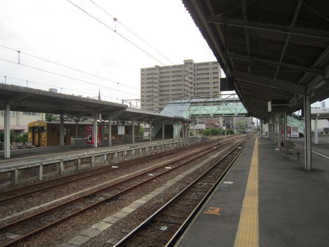 宇部新川駅構内