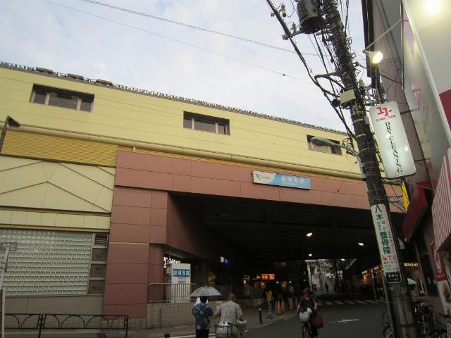 豪徳寺北口駅舎