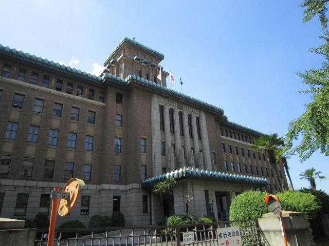 日本大通り県庁