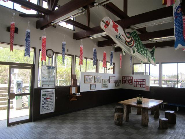 大和駅舎内部