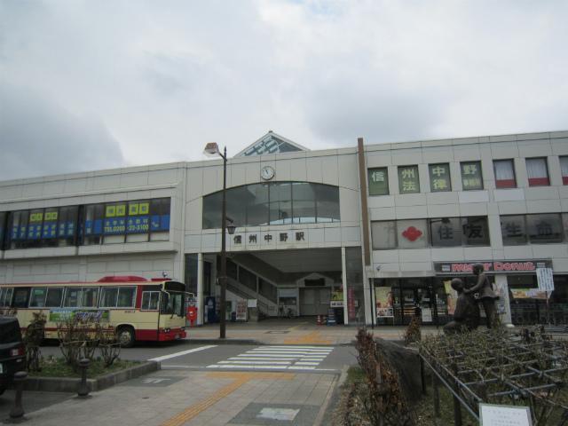 信州中野駅舎