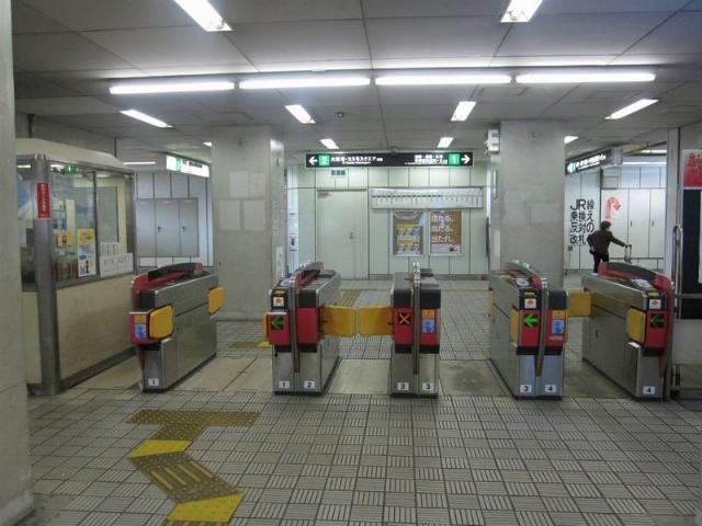 弁天町(地下鉄) 西口