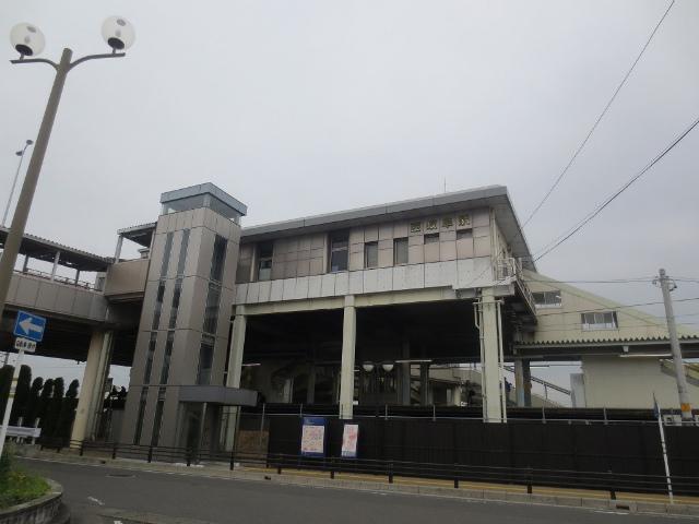 西岐阜 駅舎