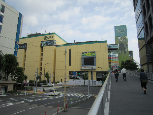 水道橋西口駅前