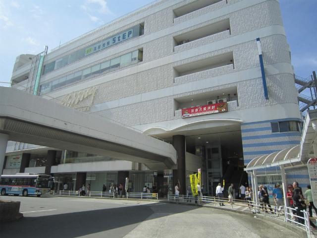 KQ久里浜東駅舎