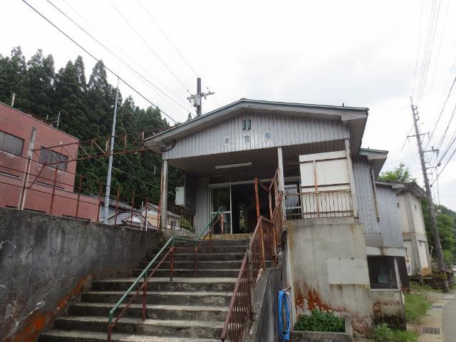 本宮 駅舎