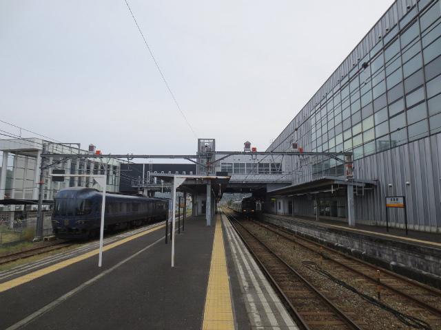 西舞鶴 ホーム