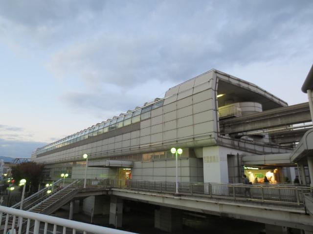 南茨木 モノレール駅舎