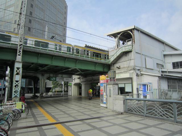 水道橋東口駅舎