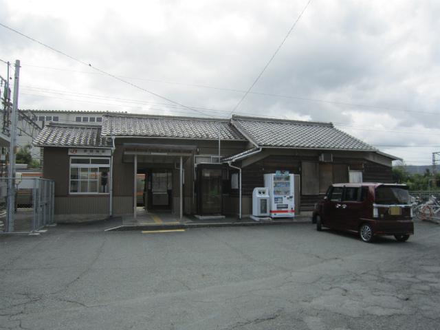 野田城駅舎