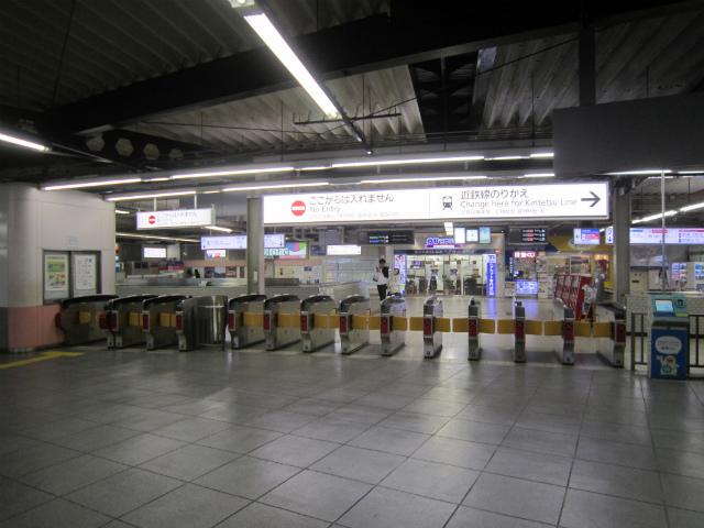 鶴橋近鉄西乗換出口