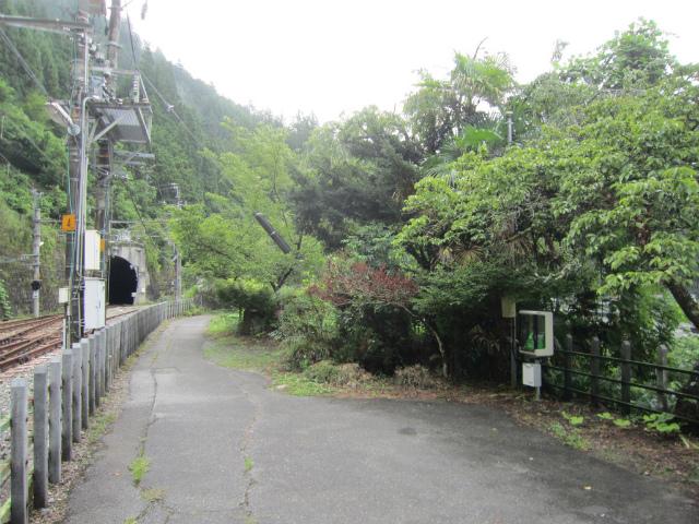 伊那小沢駅前