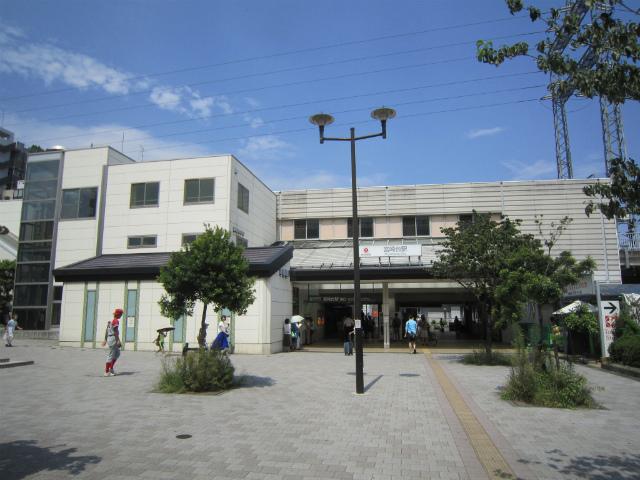 宮崎台駅舎