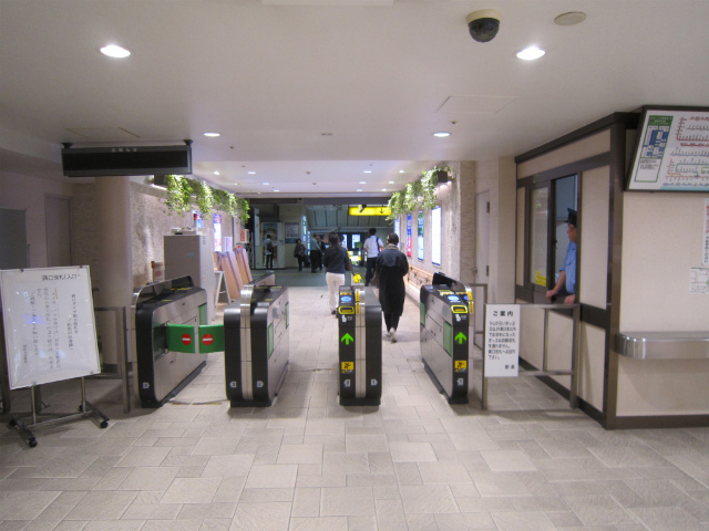 阿佐ヶ谷ダイヤ街改札