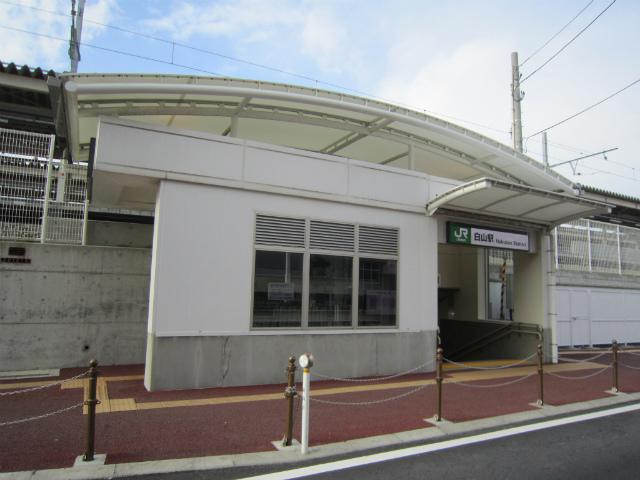 白山南駅舎