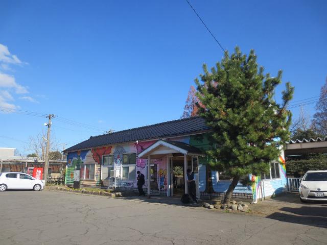 越中中川 駅舎