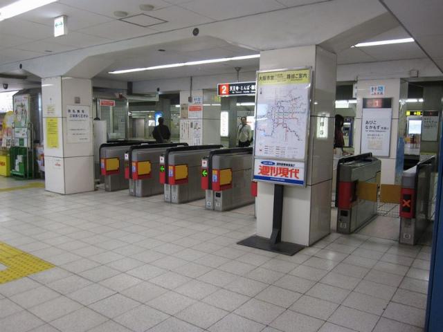 西田辺駅 西改札