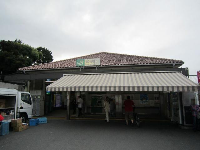 鶯谷南駅舎