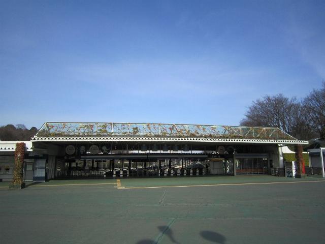 西武球場駅舎