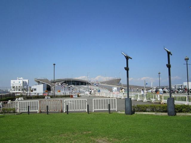 日本大通りさん橋