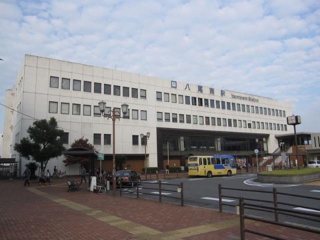 八尾南駅 駅舎