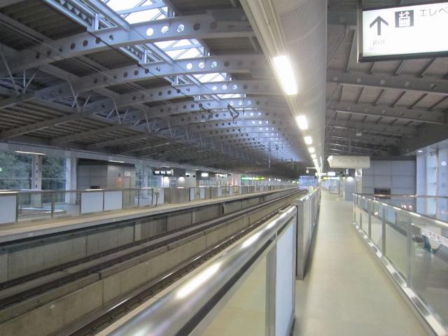 沼宮内新幹線ホーム