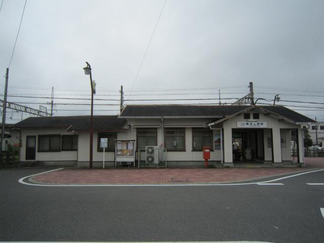 豊津上野駅舎