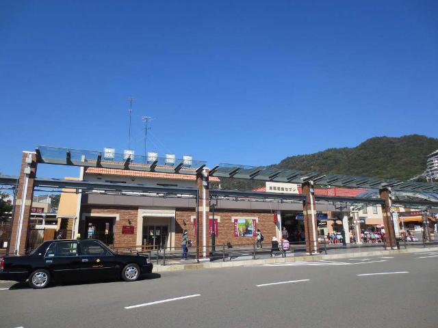 箕面 駅舎