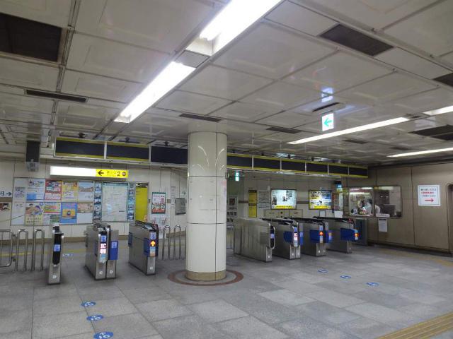 三宮 地下鉄西