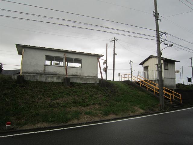 東八尾駅舎