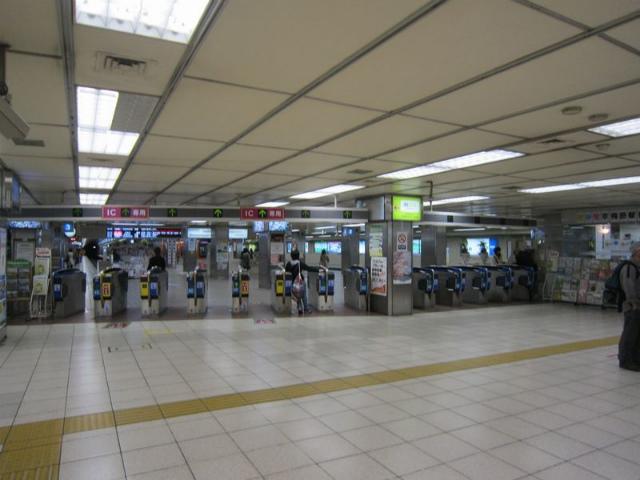 阪神梅田3