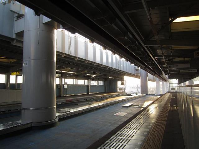桜木駅構内
