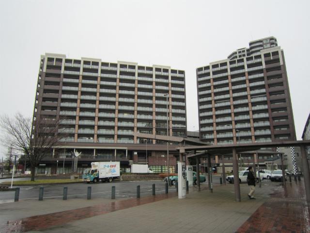三郷中央駅前