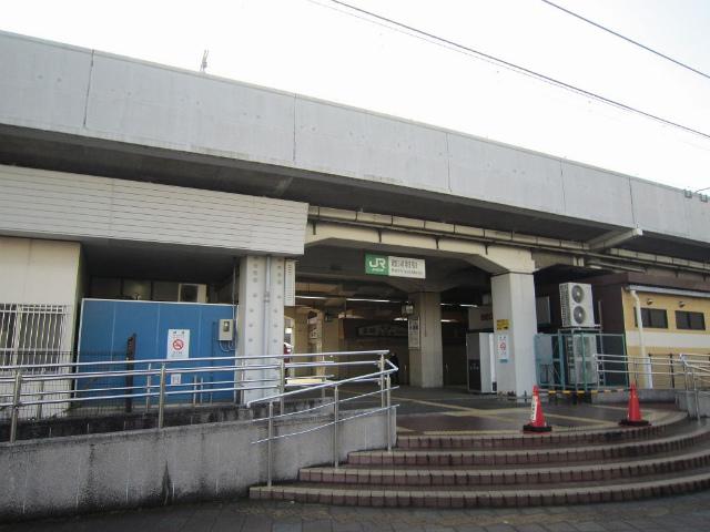 西浦和駅舎