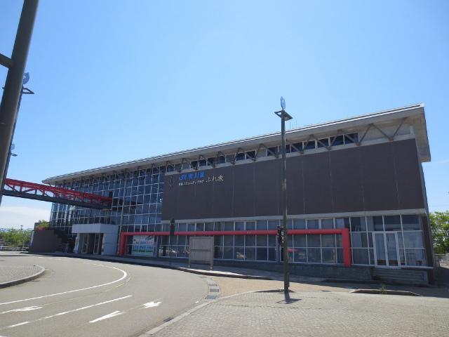 美川 駅舎