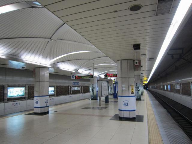 日本大通りホーム
